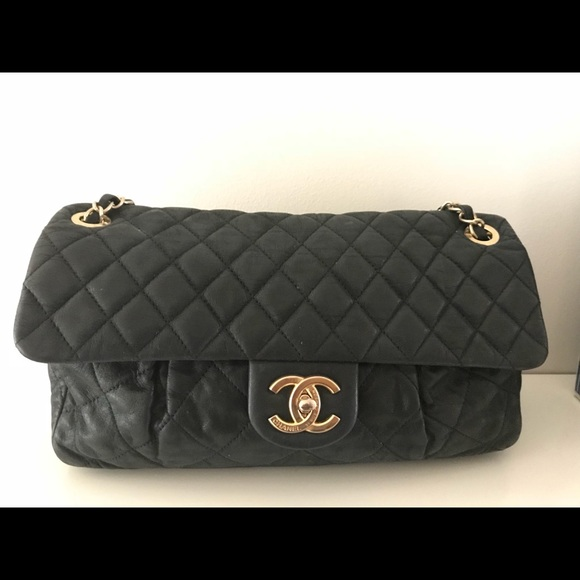 f56f8c538928 CHANEL Handbags - Chanel Black Quilted Iridescent Calfskin Med Flap